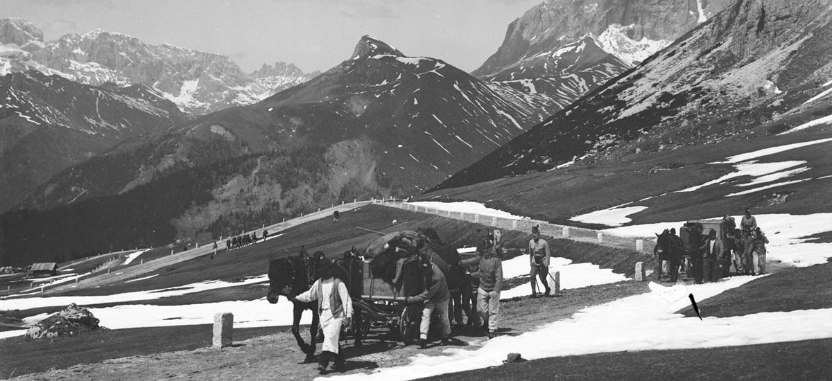 Immagine storica Passo Pordoi